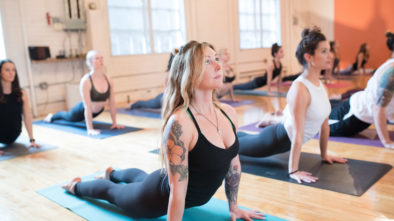How to Select the Right Yoga Teacher?